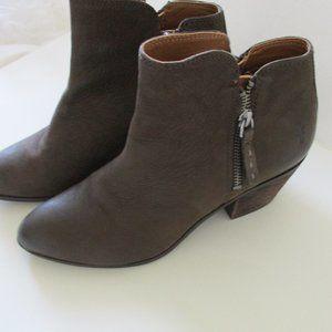 Frye Booties Judith Double Zip Suede Ankle Boots 6